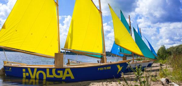 Наклейки на лодки