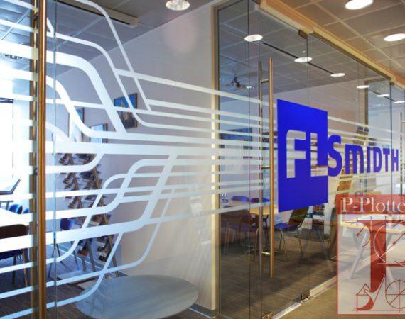 Оклейка офисных перегородок для FLSmidth
