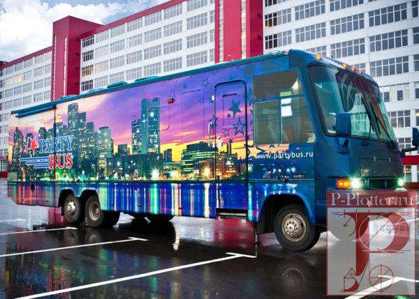 Брендирование автобуса ночной клуб на колёсах